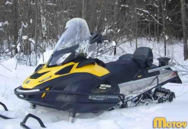 Снегоход SKI-DOO skandic WT 550F