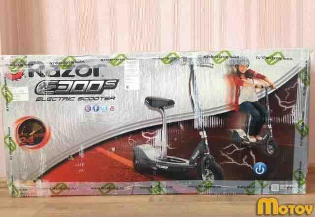 Электросамокат с сиденьем Razor E300S новый