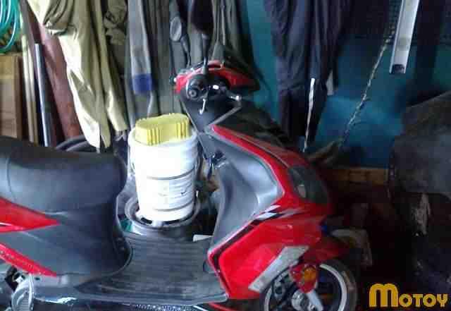 Скутер rapira JET 150 кубов 4х тактный