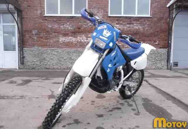 Мотоцикл Сузуки RMX250S