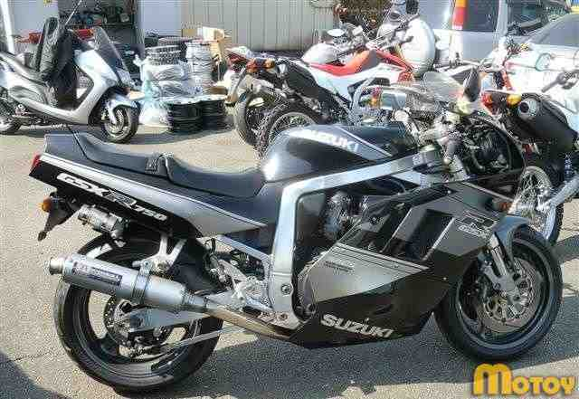 Продам. Сузуки GSX-R750