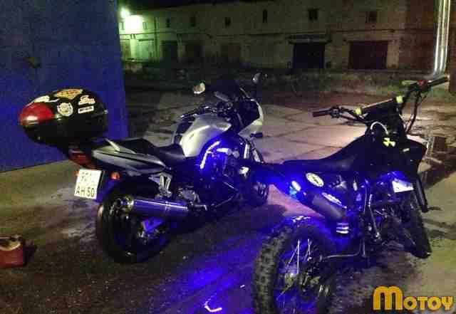 Продаю мотоцикл ямаха fzs 600/ владелец Евгений