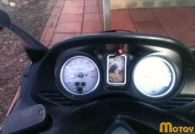 Макси скутер обмен на мот не меньше 600 кубов