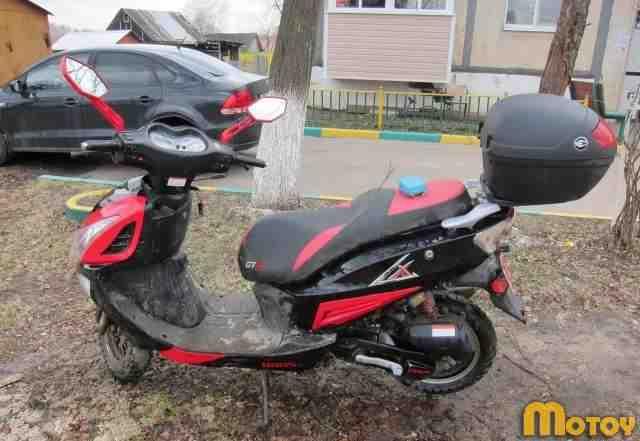 Продаю скутер ирбис LX GTR 90 кубов