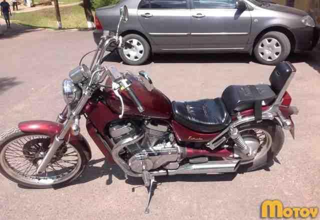 Мотоцикл Сузуки Интрудер 400