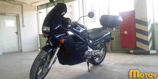 Хонда ntv 650 Revere