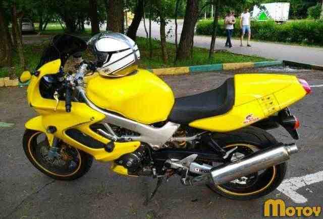 Хонда VTR1000F