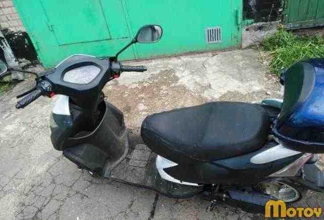 Скутер, китаец 4Т 50 кубов