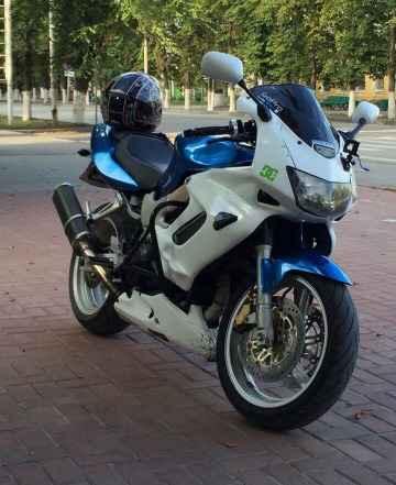 Хонда VTR 1000 F