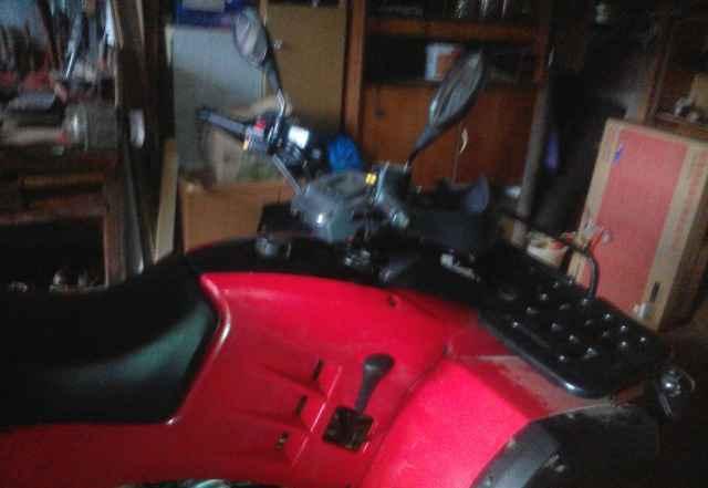 Продам квадроцикл Стелс 300