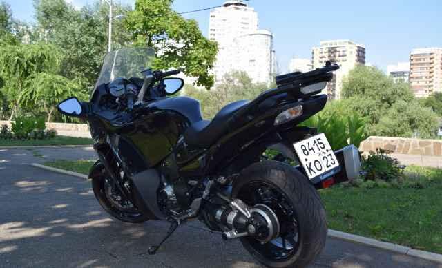 Кавасаки GTR 1400