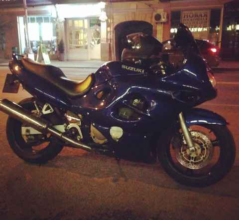 Suzuki gsx - 600 f Катана