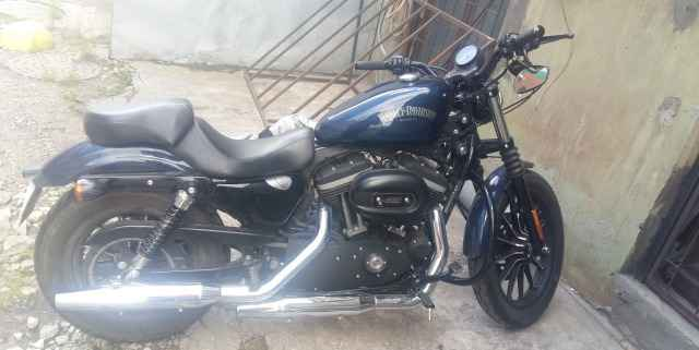 Харлей Davidsin Iron XL883N