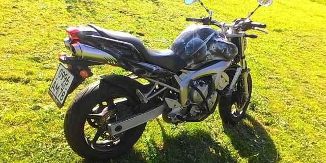 Продам мотоцикл Ямаха FZ6, 2005 г