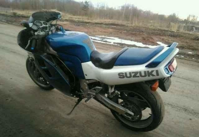 Suzuki GSX-Р 1100