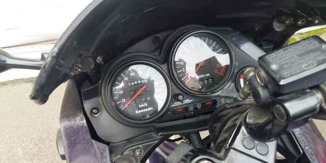 Кавасаки GPZ 500S спорт возможен обмен