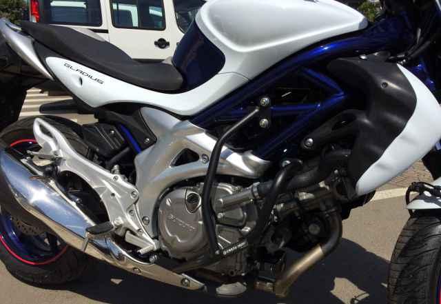 Suzuki Gladius (ABS)