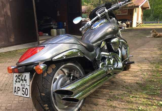Продам мотоцикл Сузуки боулевард м109r