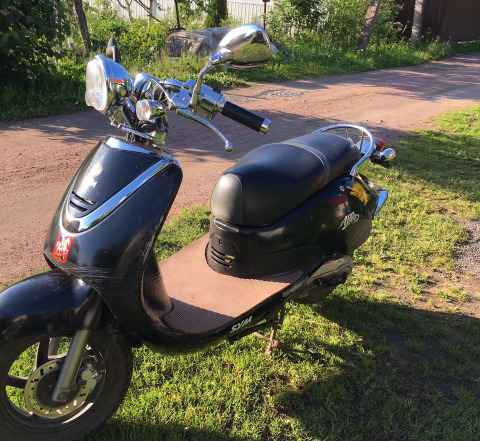 Продам скутер карейский CYM