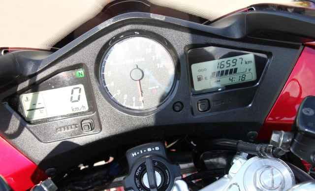 Хонда VFR 800