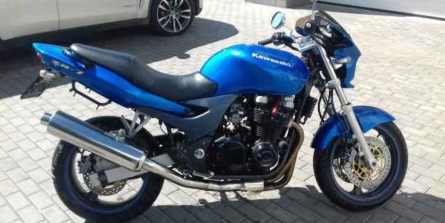 Кавасаки ZR 750