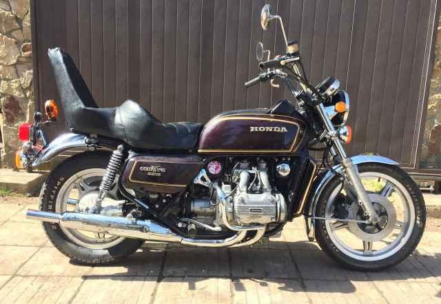 Продаю мотоцикл Хонда GL 1000, 1977 года