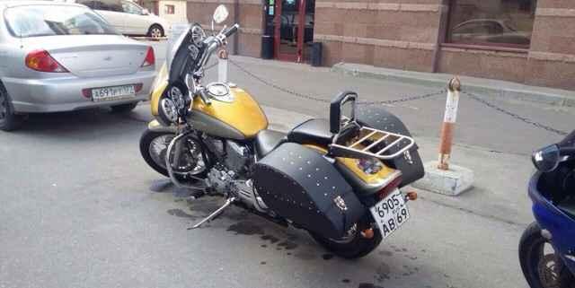 Ямаха XVS 1100 драгстар Custom