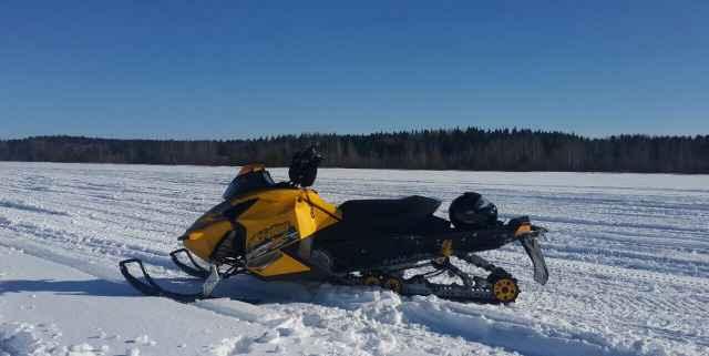 Снегоход BRP Ski-Doo