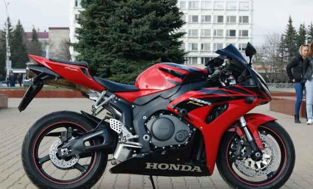 Хонда сбр 1000 RR