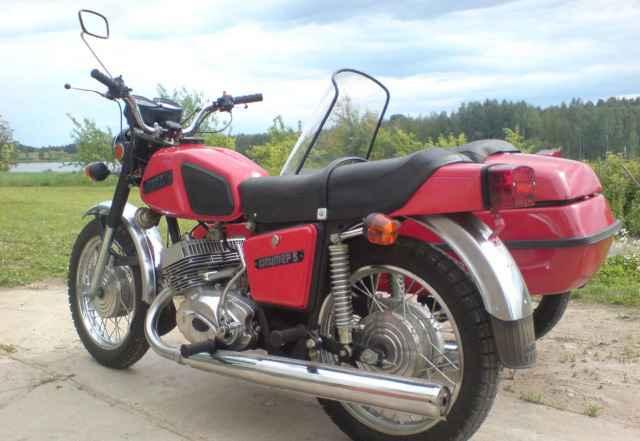 Мотоцикл с коляской