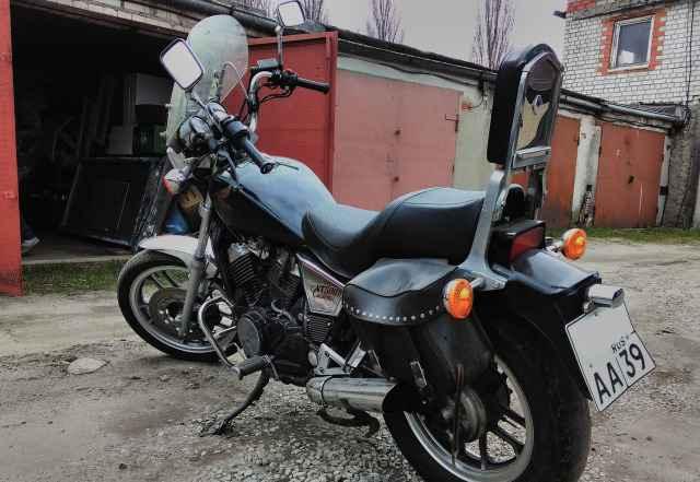 Мотоцикл Хонда VT 500 Custom