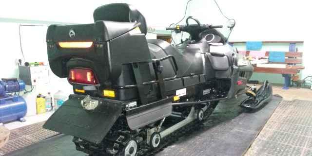 Продам снегоход Скандик Bombarier 600 SWT Ski-Doo