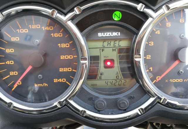 Suzuki V-Стром DL 1000
