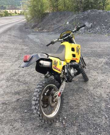 Suzuki TS200R