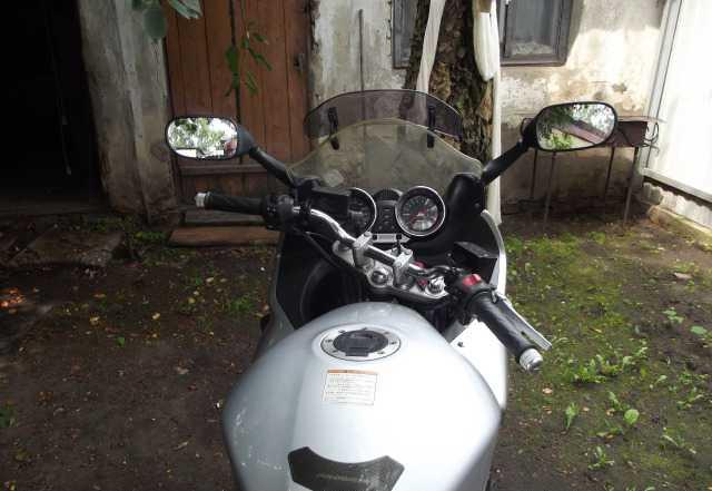 Мотоцикл сузуки гсф-1200с
