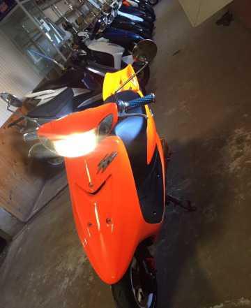 Продам скутер Ямаха Jog ZR Эволюшн