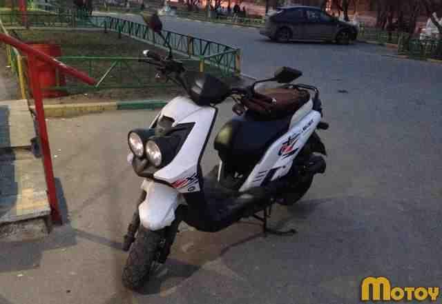 Скутер как ямаха BWS 50 кубов