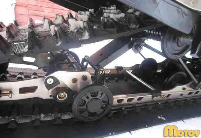 Снегоход Ски-до скандик SWT 550
