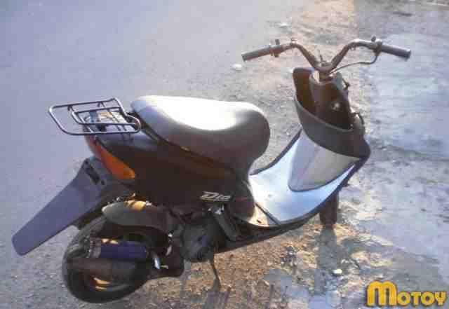 Мопед (скутер) Хонда DIO на запчасти или