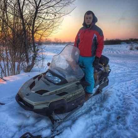 Продам снегоход BRP Ski-Doo Экспедишен TUV V-1000