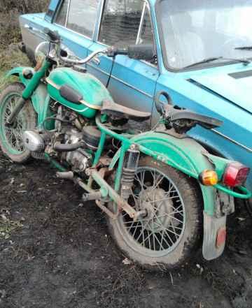 Урал 8103