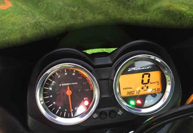 Suzuki гсф 1250S