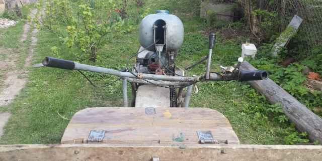 Минитрактор с прицепом