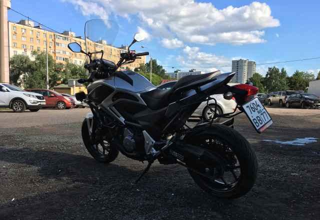 Мотоцикл Хонда NC700XD 2013