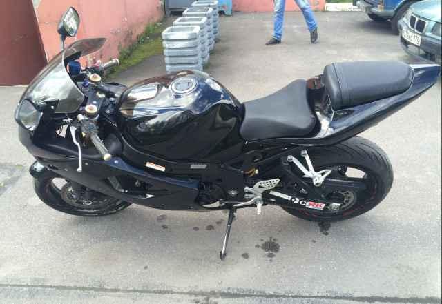 Suzuki gsx-Р 1000