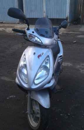 Скутер SYM-100