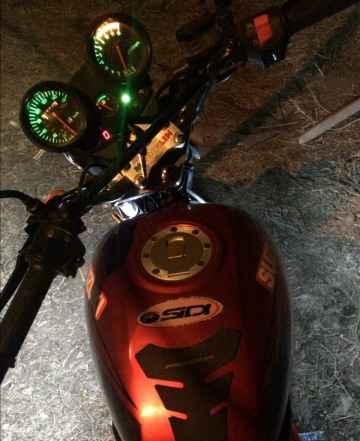 Продам мотоцикл Рейсер RC250-C5B. 15г/в