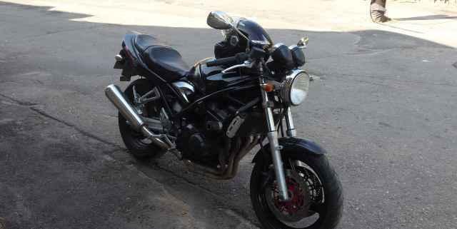 Suzuki бандит 400V