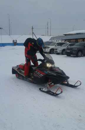 Снегоход Polaris Switchback FST