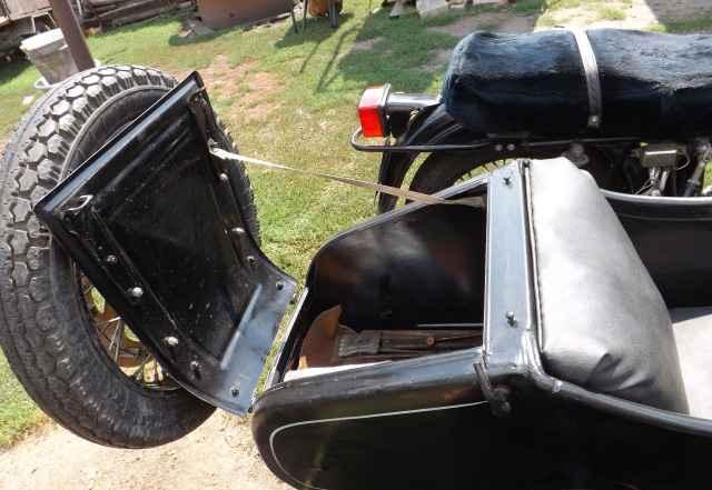 Мотоцикл урал с коляской 1995гв